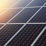 Faro con pannello solare: le caratteristiche necessarie